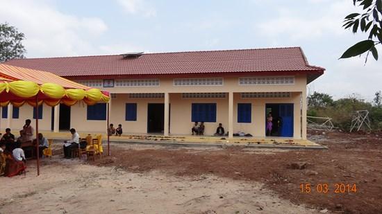 2013/2014: Schulgebäude in Kampong Speu